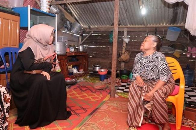 Hidup Sebatang Kara di Usia Senja, Tatik Diusulkan Dapat RLH dari Pemprov Riau