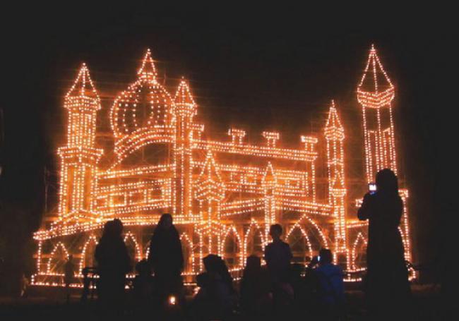 81 ribu Lampu Colok Hiasi Malam ke 27 Ramadhan di Bengkalis