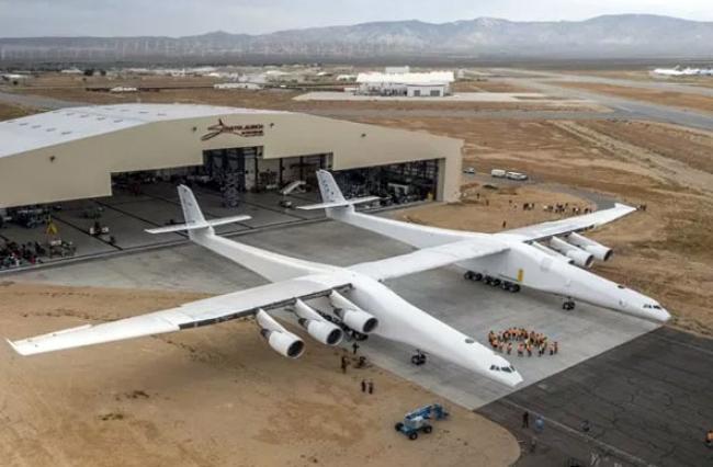Ini Dia Pesawat Terbesar di Dunia, Sebesar Lapangan Bola