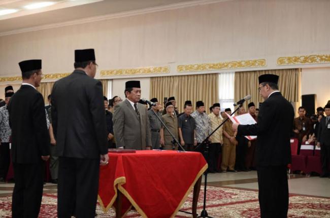 Yan Prana Jaya Resmi Jabat Sekdaprov Riau
