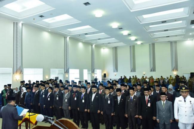 Bupati Bengkalis Lantik Sejumlah Pejabat Tinggi Pratama, Administrator, dan Pengawas