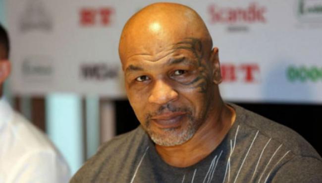 Kisah Tobat Mike Tyson Hingga Memeluk Islam