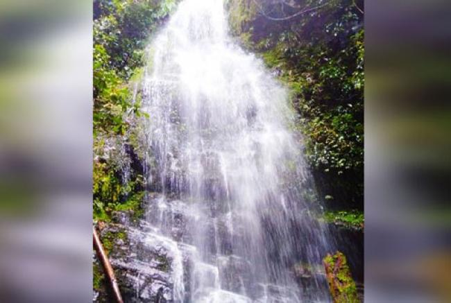 Liburan Tiba, Melancong ke Air Terjun Dangku Godang Objek Wisata Baru Kuansing