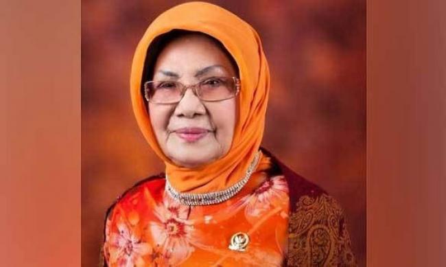 Biografi Singkat Tokoh Perempuan Riau Maimanah Umar