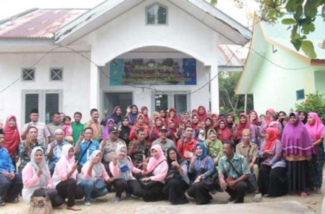 Camat Tenayan Raya Dukung Kampung KB di Melebung
