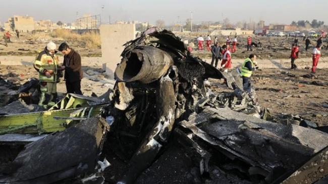 Pengamat Sebut AS & Israel di Balik Salah Tembak Rudal Iran?