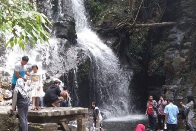 Libur Akhir Tahun, Objek Wisata Guruh Gemurai Didatangi 1.500 Pengunjung