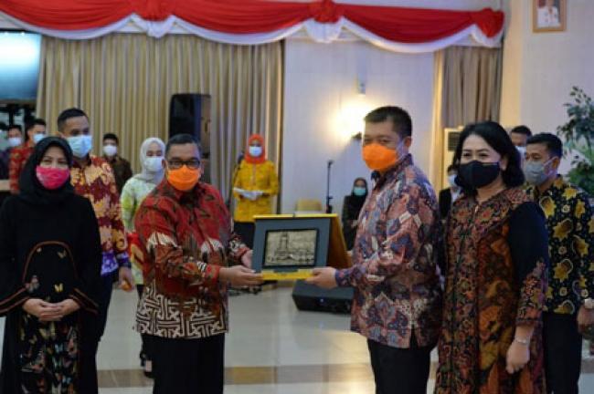 Wagubri Hadiri Malam Pengantar Tugas Komandan Lanud Roesmin Nurjadin