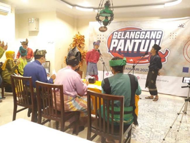 Ini Dia Juara Gelanggang Pantun se Riau