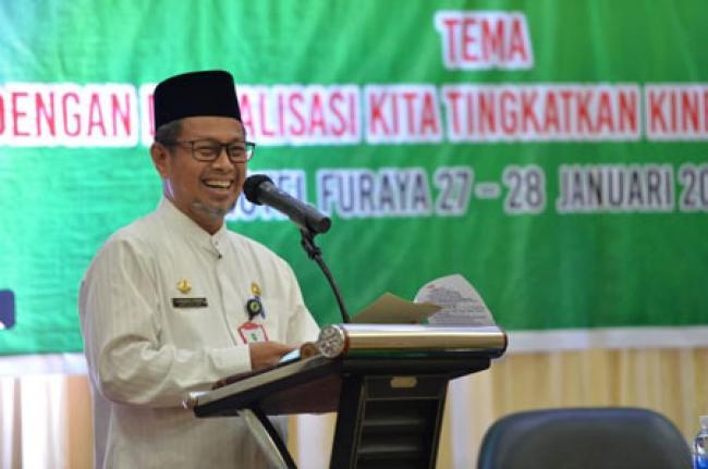 Plh Sekdaprov Riau Buka Secara Resmi Konferensi Kerja 1 PGRI Provinsi Riau