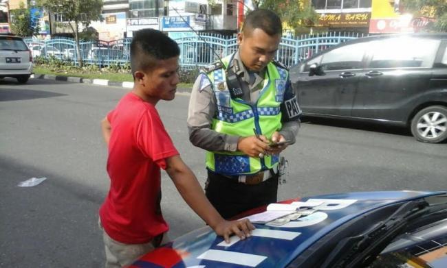 Sitem E-Tilang Telah Diterapkan di Unit Lantas Polsek Jajaran Polresta Pekabaru