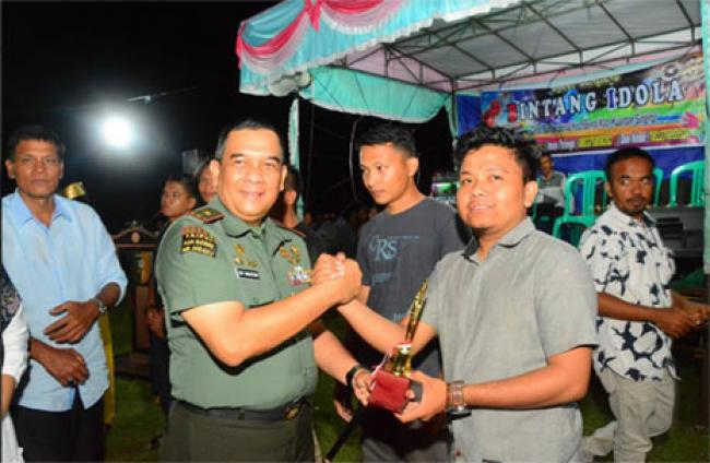 Danrem 031/Wira Bima Tutup Tournament Mini Soccer Cup I di Desa Pulau Ingu