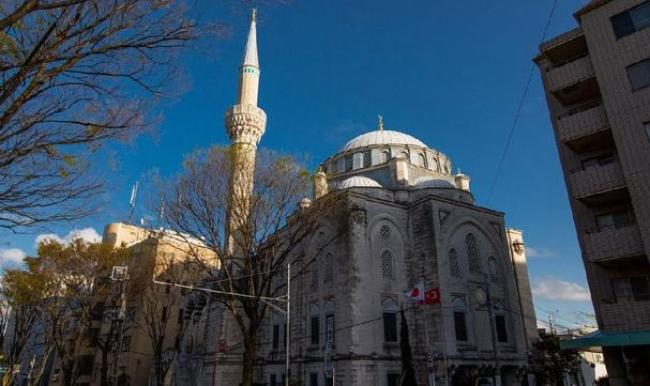 Tokyo Camii, Masjid Imigran Turki sampai Pernikahan Syahrini