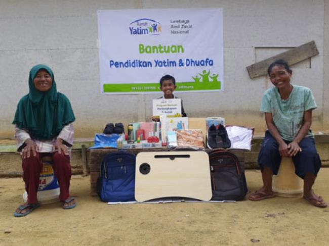 Syaiful Amri, Yatim Asal Riau Terima Bantuan Pendidikan Lanjutan Rumah Yatim