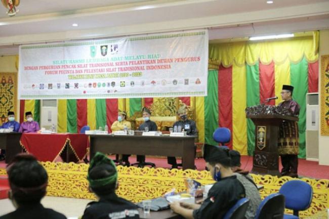 Plh Sekdaprov Riau Hadiri Pelantikan FP2STI Wilayah Riau