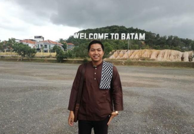 Alumni UIN Suska Riau Raih Peringkat 1 Penerjemah Bahasa Arab se Indonesia