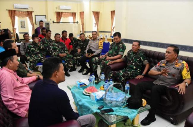 Danrem 031/WB, Kapolda Riau Dan Danlanud RSN Patroli Karhutla