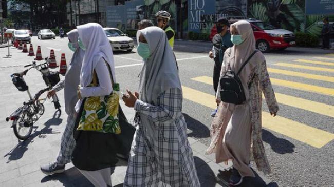 Lockdown Malaysia Diperpanjang, TKI Khawatir Kelaparan