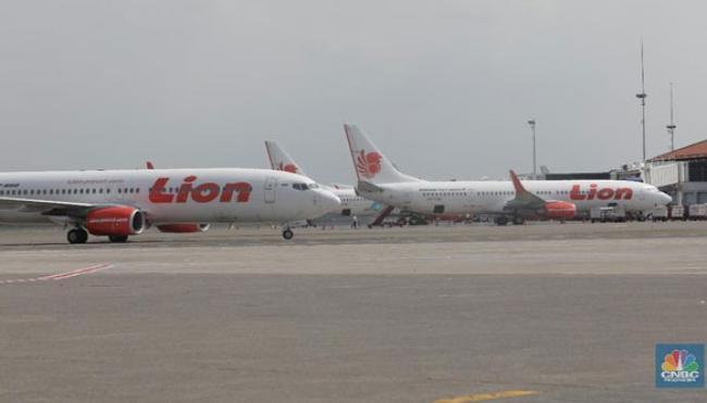Duh! Maskapai Penerbangan RI Mulai Rumahkan & PHK Karyawan