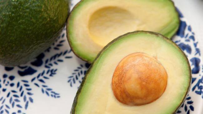 Tingkatkan Daya Tahan Tubuh dengan 7 Makanan Kaya Vitamin E
