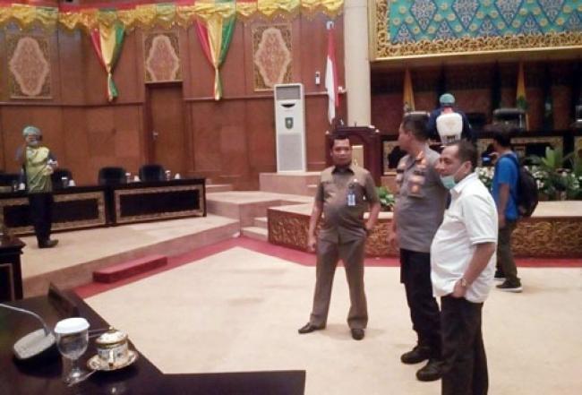 DPRD Riau-Pemprov Rapat Konsultasi Antisipasi Virus Corona