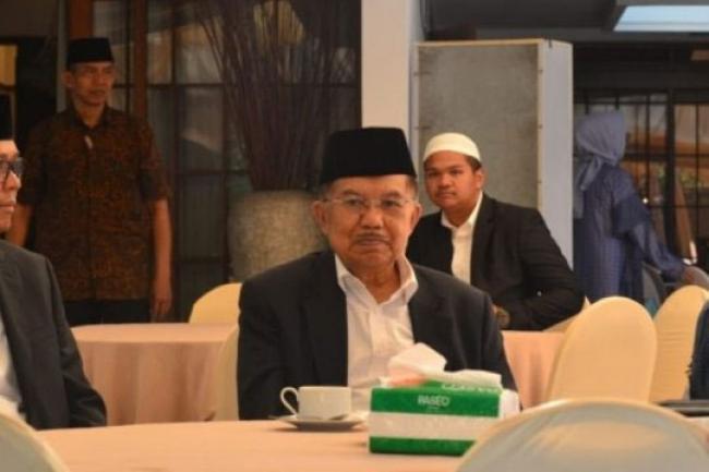 Taati Prokes-Jaga Jarak, Jusuf Kalla: Masjid Boleh Dibuka Selama Ramadhan 2021