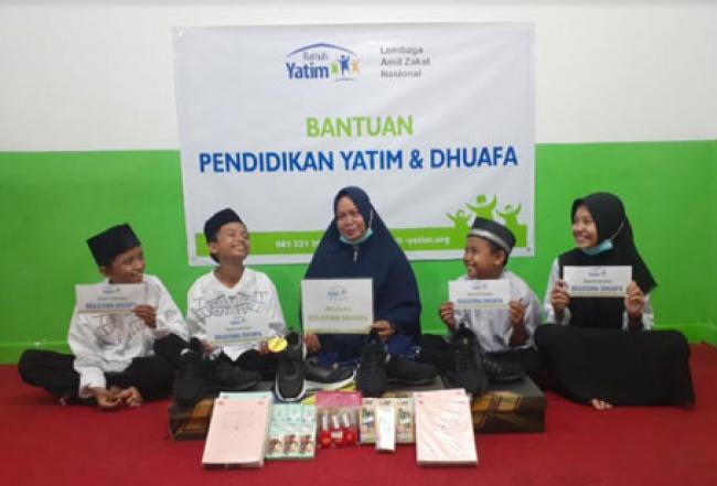 Bantuan Pendidikan Rumah Yatim Untuk Empat Yatim Bersaudara