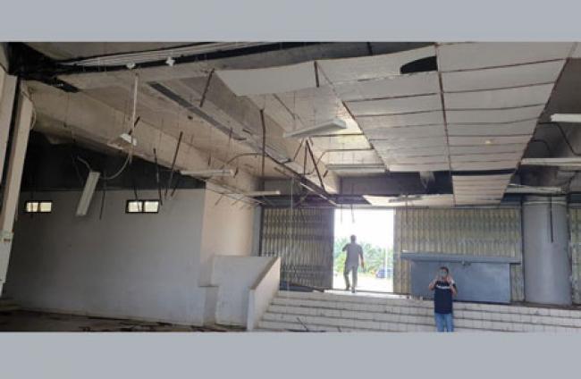 Dibangun Megah, Saat Ini Kondisi Sport Center Kuansing Menyedihkan