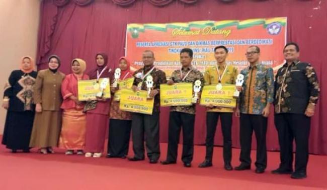 Fitria, Pengelola PAUD Desa Mentayan Terbaik di Riau