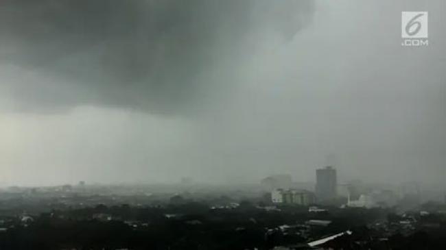 BMKG Deteksi Bibit Siklon Tropis yang Dapat Picu Cuaca Ekstrem