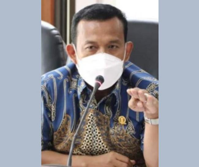 Gegara Tak Tahu Gaji Guru Bantu, DPRD Riau Hardik Kadisdik
