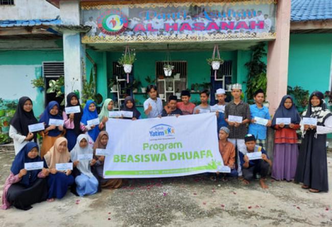 Rumah Yatim Berikan Bantuan Pendidikan untuk Siswa Siswi SD dan SMP Islam Al Hasanah Riau