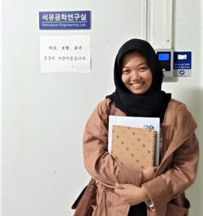URP Beri Peluang Mahasiswi UIR di Korsel