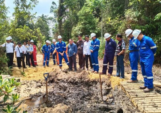 Komisi IV DPRD Riau Tinjau Limbah PT Chevron Di Tahura SSH