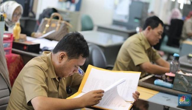 Angkat hingga Pecat PNS, Kuasa Baru Jokowi
