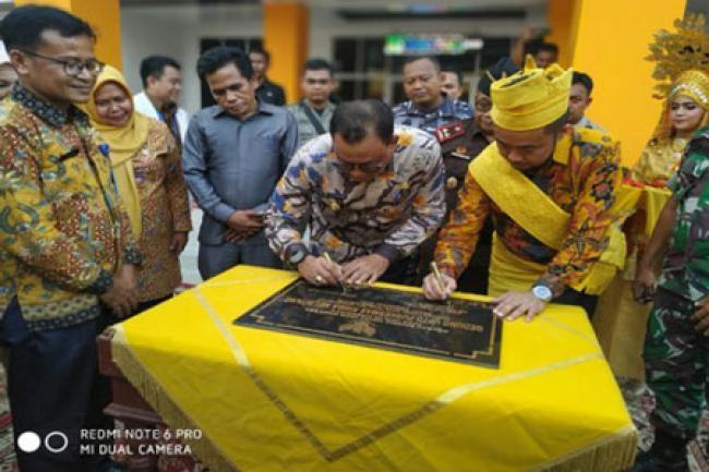 Pemkab Rohil Miliki Dua Puskesmas Rawat Inap Termegah di Indonesia