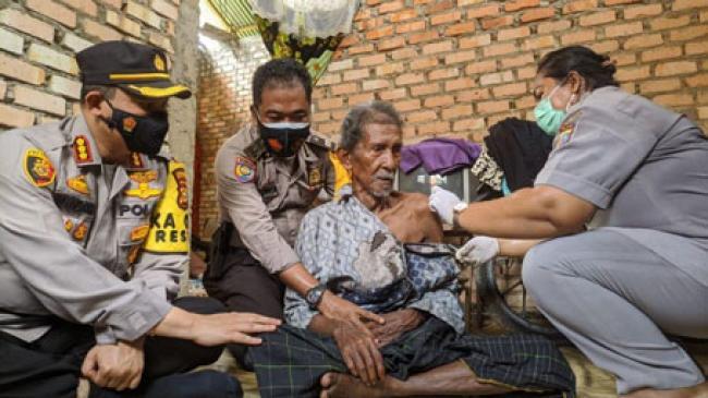 Vaksinasi Jemput Bola, Warga Pekanbaru Kegirangan