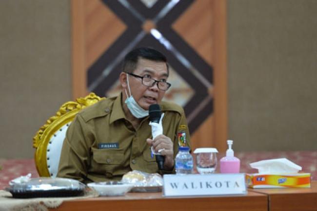 Wali Kota Pekanbaru Pastikan Tempat Hiburan dan Mal Ditutup
