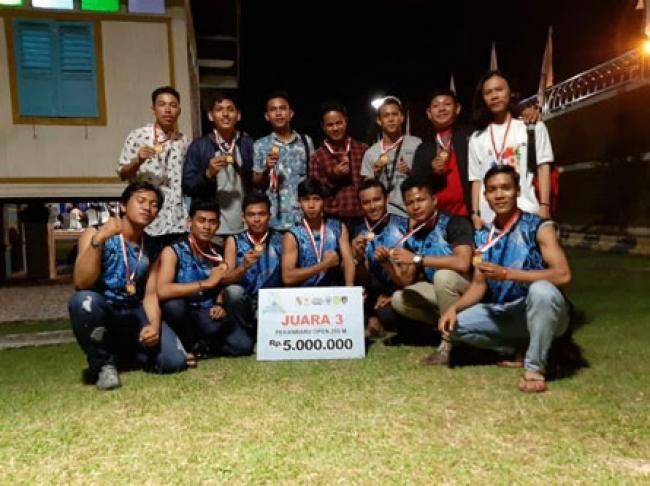 Tim Unilak Juara Tiga Dayung Hari Jadi Kota Pekanbaru ke-235