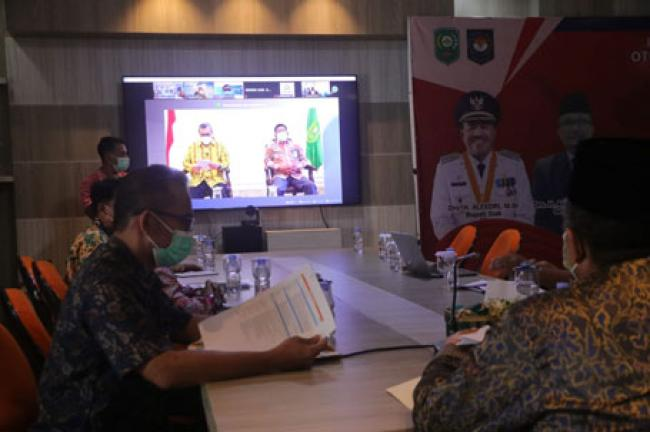 Bupati Siak Bersama Gubernur Riau Dan Ombudsman Laksanakan Workshop Penilaian Kepatuhan