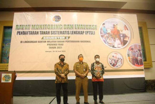 Asisten I Setdaprov Riau: Pelayanan Publik Harus Mengutamakan Kepentingan Masyarakat