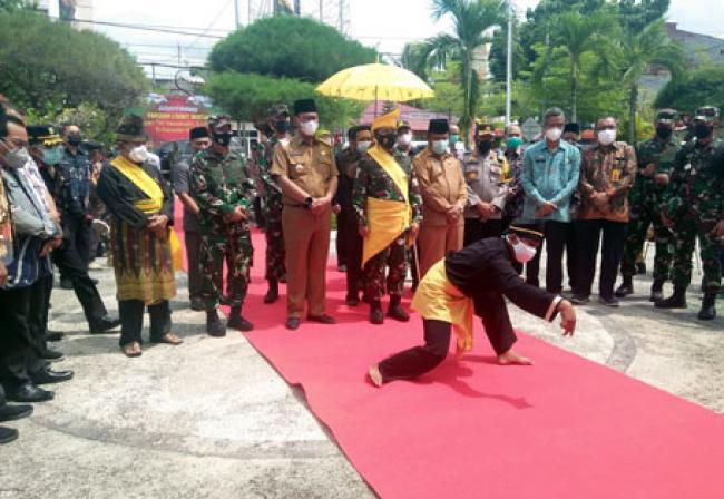 Kunker Ke Rohil, Bupati Suyatno Sambut Pangdam I/BB Mayjen TNI Hassanuddin
