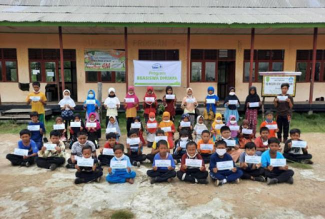 Bantuan Pendidikan Rumah Yatim Bahagiakan Anak-anak di Pedalaman Riau