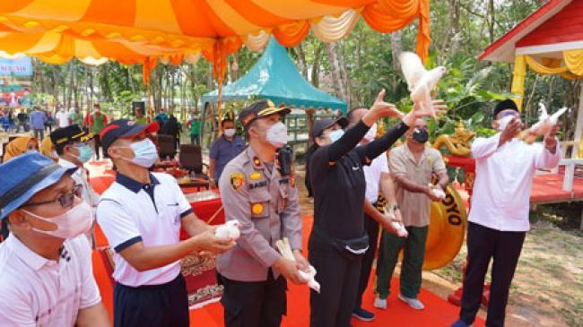 Sempena Hari Lingkungan Hidup Sedunia, Bupati Suyatno Resmikan Hutan Kota Bagansiapiapi