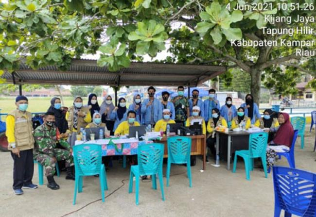 Tim Kukerta UNRI Sukseskan Vaksinasi di Tapung Hilir