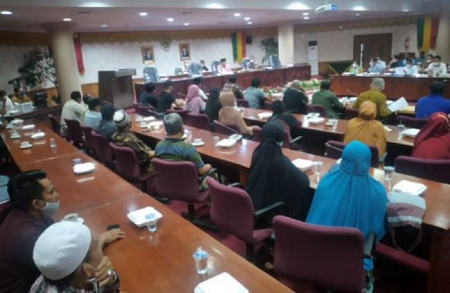Klaim Lahan, DPRD Riau Fasilitasi Masyarakat Pantai Raja Versus PTPN V