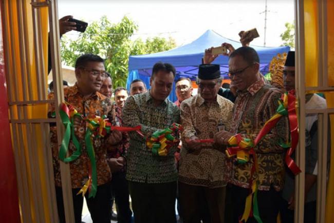 Bank Riau Kepri Menjadi Layanan Perbankan Pertama Di Kecamatan Senayang Lingga