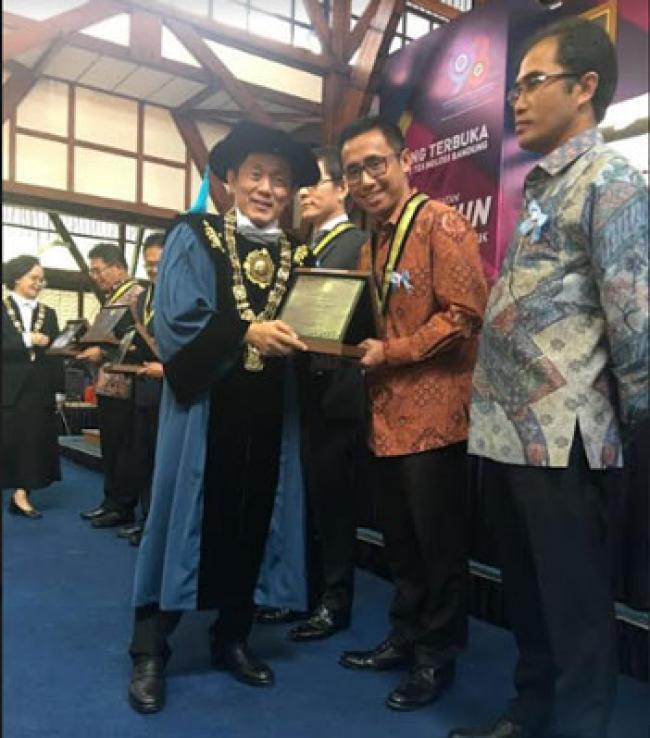 PT Chevron Terima Penghargaan Tertinggi dari ITB