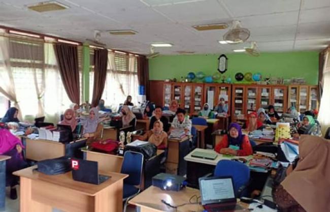 SMPN 3 Bengkalis Gelar Pembekalan Peningkatan Kompetensi Guru
