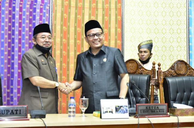 7 Fraksi DPRD Sampaikan Pandangan Terhadap Ranperda Pertanggungjawaban Pelaksanaan APBD 2019